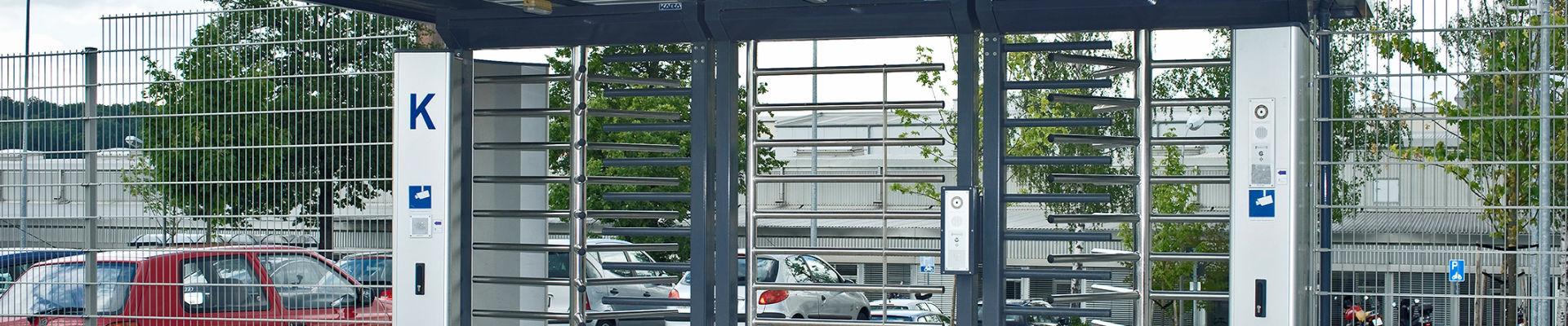 Drehkreuz Kentauer INOVA Dreifachanlage Edelstahl von Berlemann Torbau