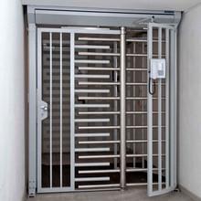 Drehkreuz Kentauer INOVA mit Tür silber/grau von Berlemann Torbau GmbH