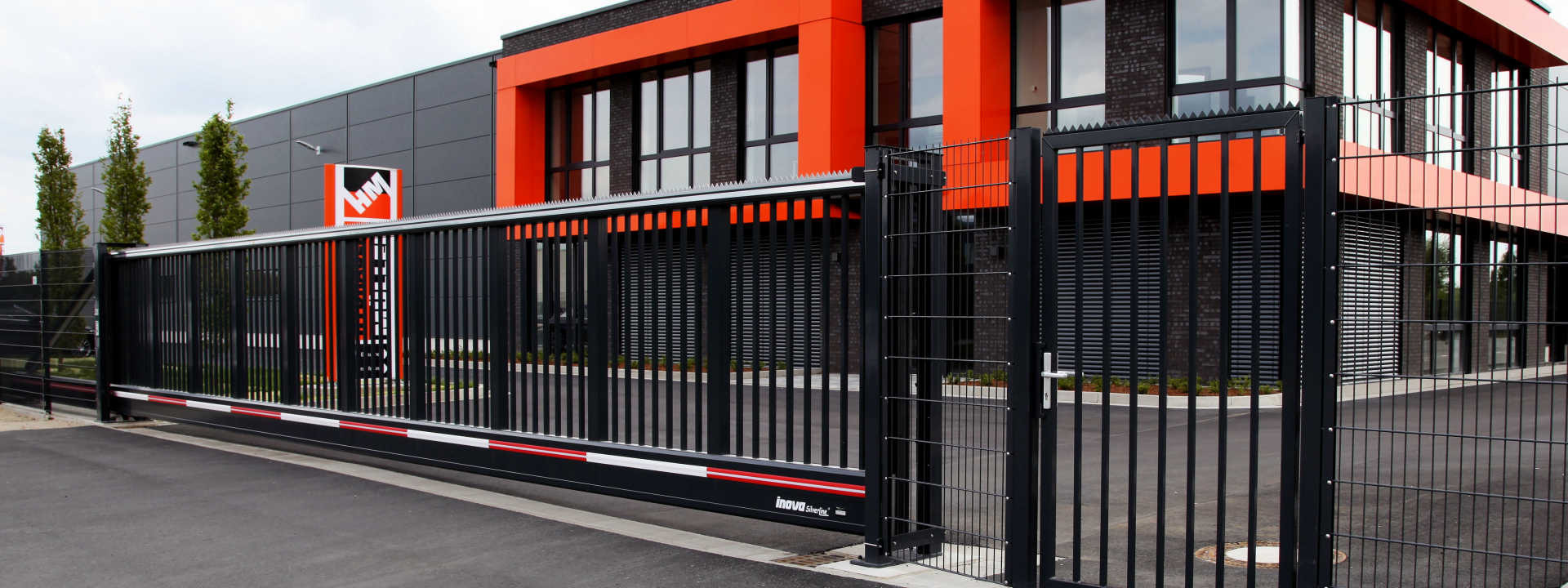 SilverLine Sliding Gates