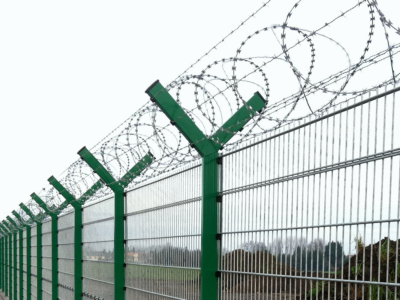 INOVA Security Fence with Y-Extensions